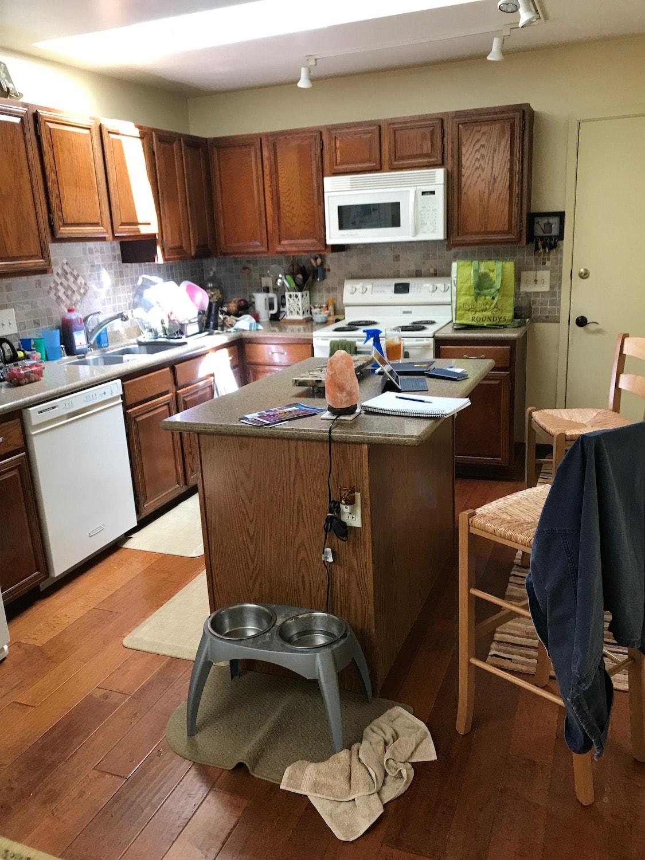 kitchen before 1-min